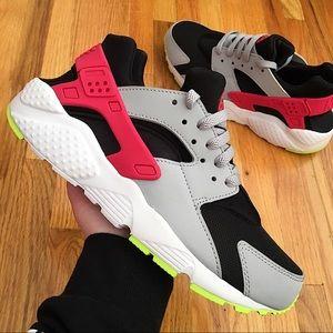 Nike Huarache Run Girls Sneakers (GS)